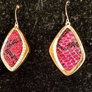 NWT Red & black snakeskin and gold tone earrings